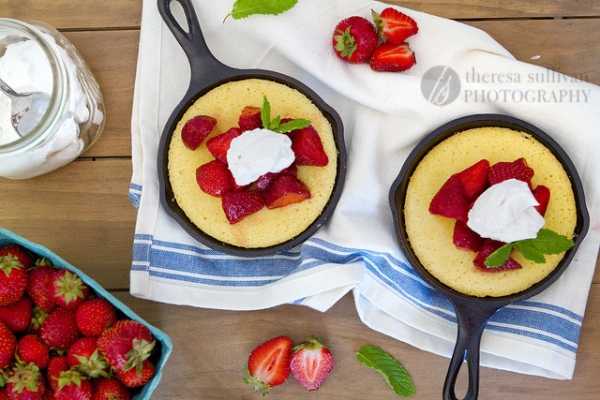 Strawberry Skillet Cornmeal Cakes